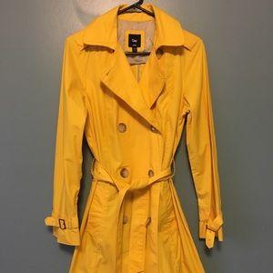 GAP double breasted raincoat NWOT